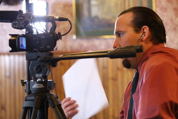 Overland Park video production team serves small businesses